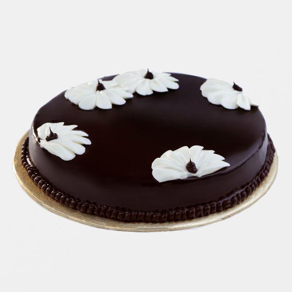 Send delicious chocolate cakes to Karachi
