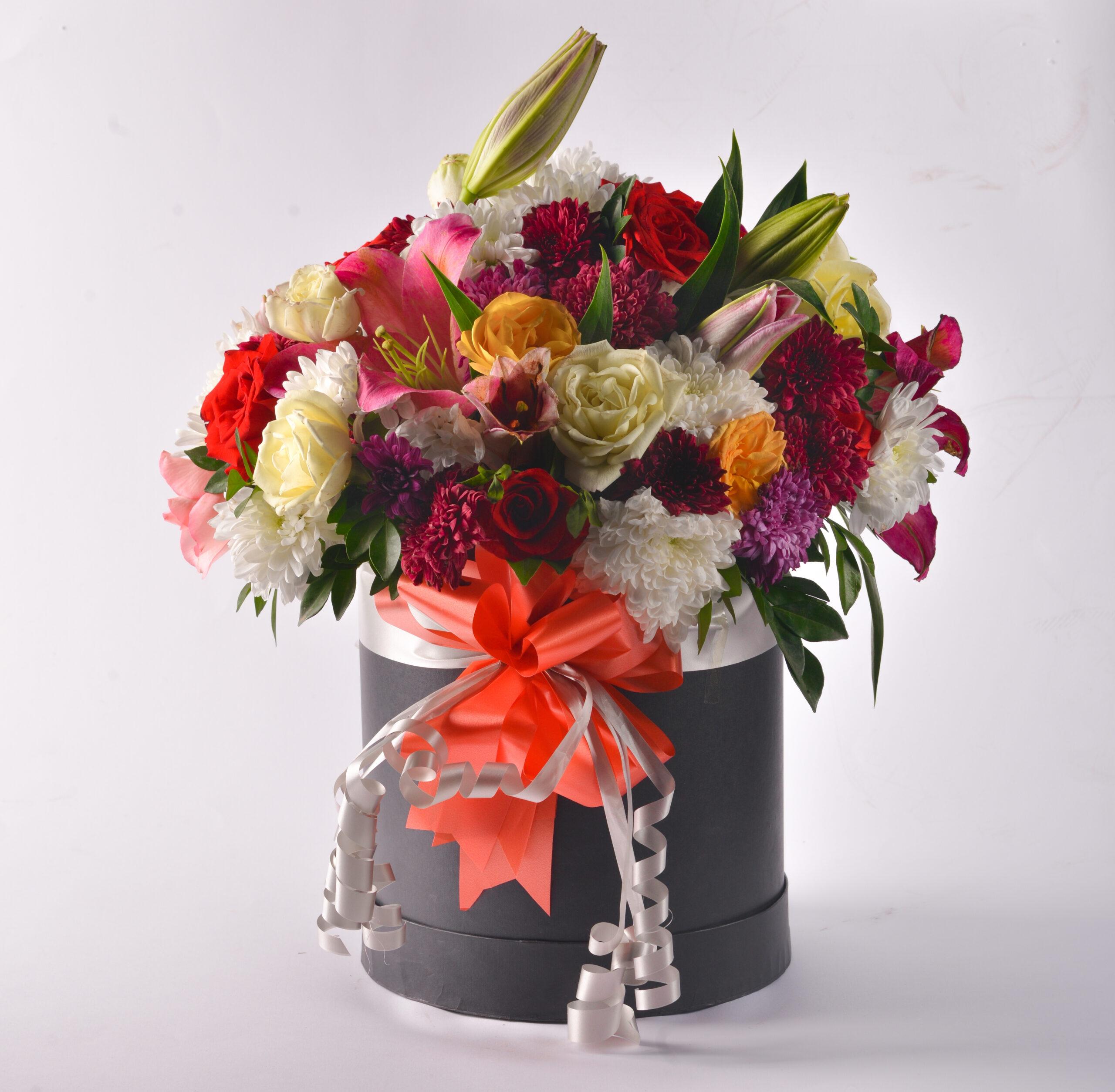 Send mix flowers bouquet to karachi
