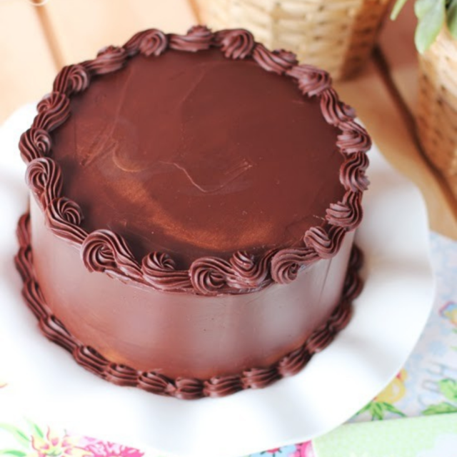 delicious chocolate cakes for Islamabad and Rawalpindi