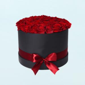 roses basket to send to Pakistan
