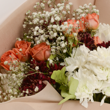 send flowers to your friends and family in Pakistan