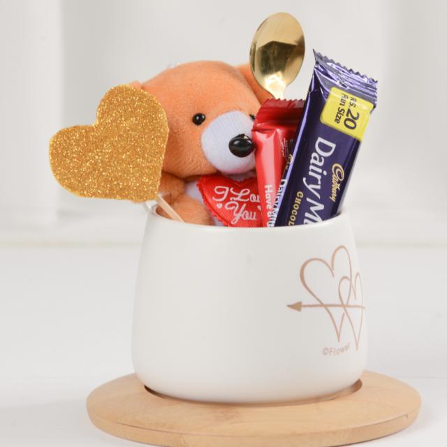 Valentines Mug with chocolates