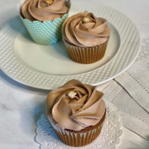 delicious cupcakes for online cake delivery in Pakistan