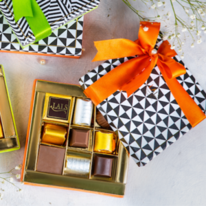 send chocolates gift boxes to Karachi with Revaayat