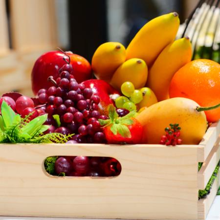 presentable fruit hamper for online delivery in Pakistan